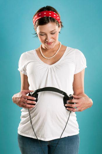 تاثیر موسیقی بر زنان باردار